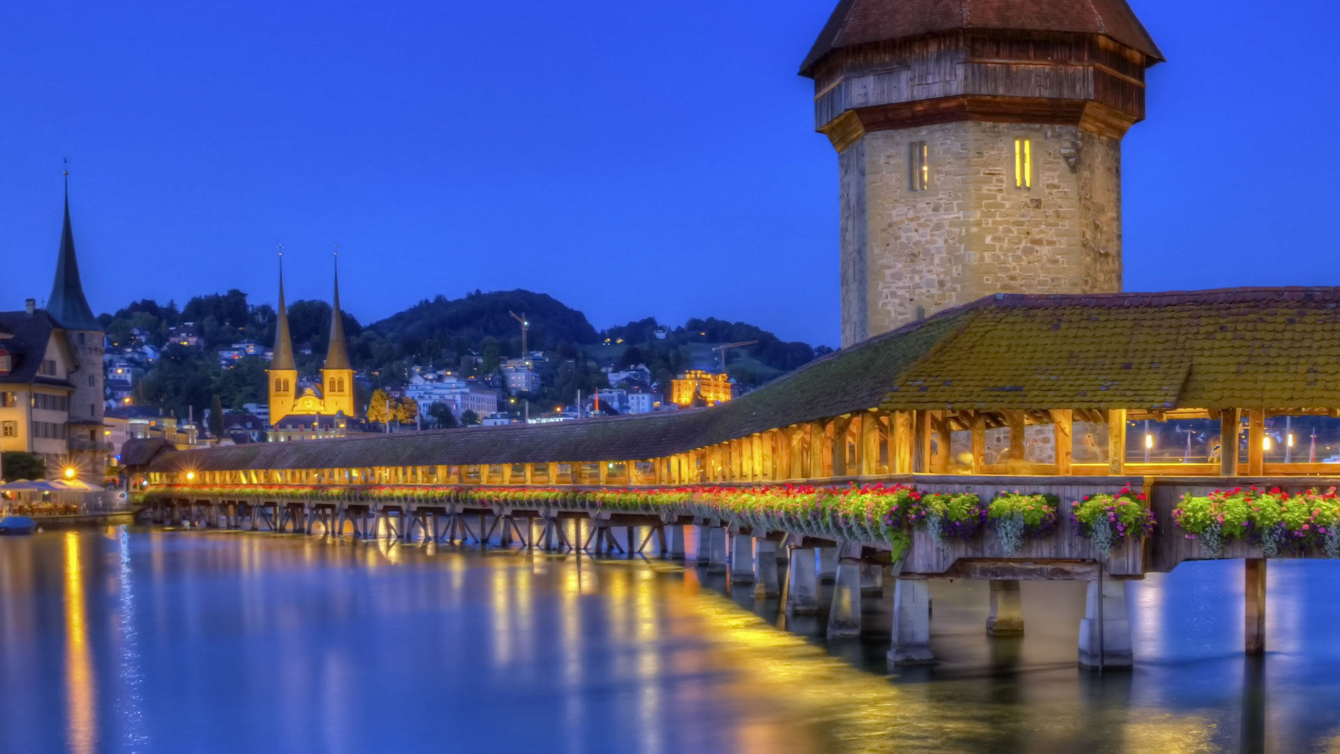 Chapel bridge or Kapellbrucke, Lucerne, Switzerland