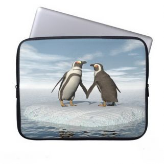 Penguins couple laptop sleeve